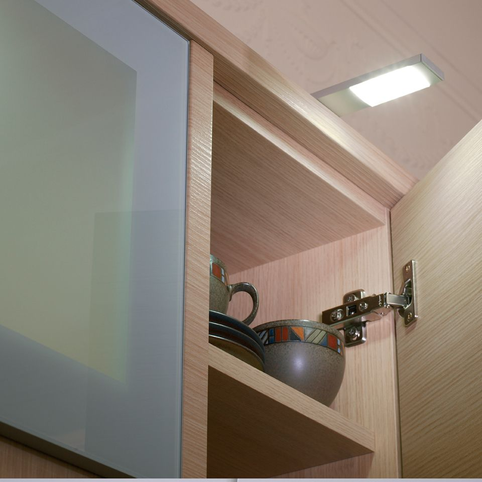 Quadra plus o led over cabinet light for Over the counter lighting