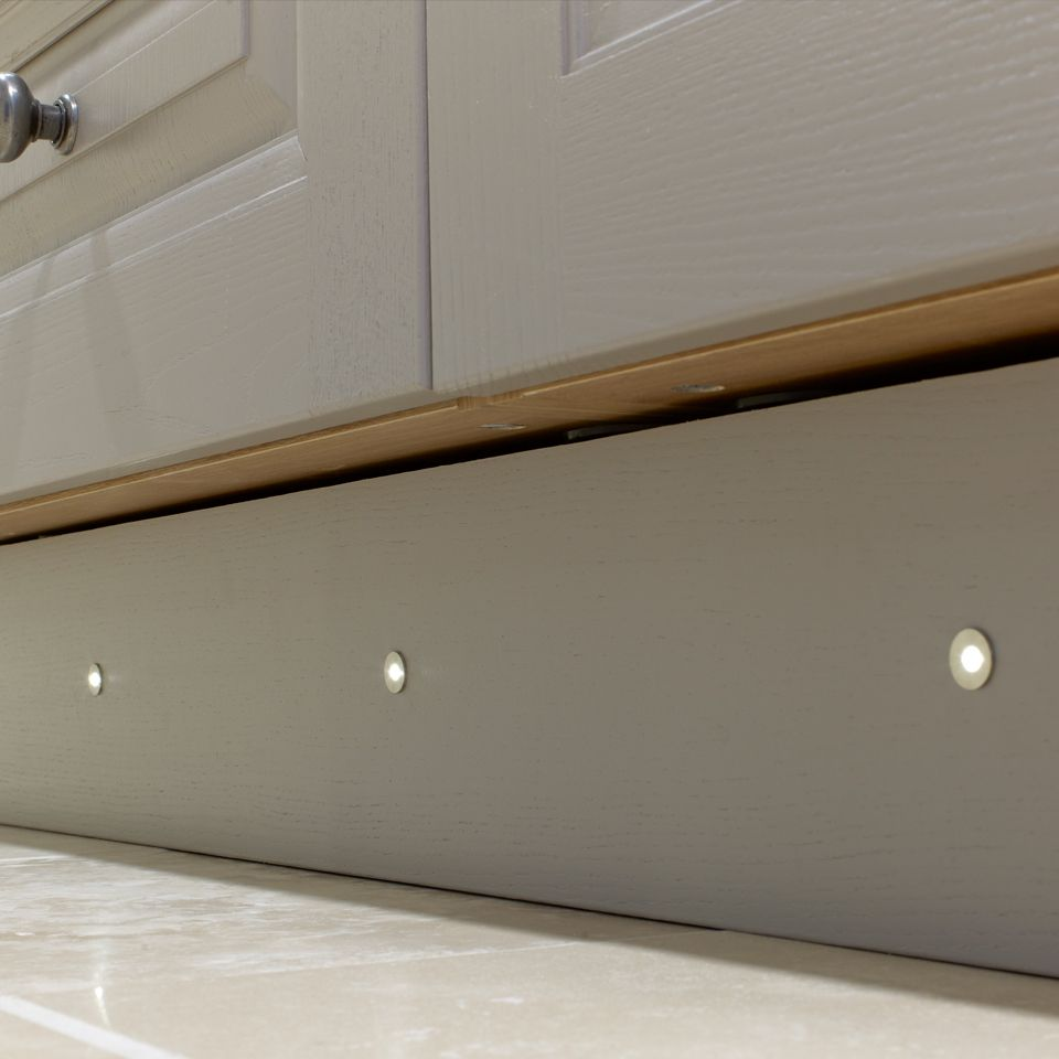 specto 4 x 15mm led plinth light pack. Black Bedroom Furniture Sets. Home Design Ideas