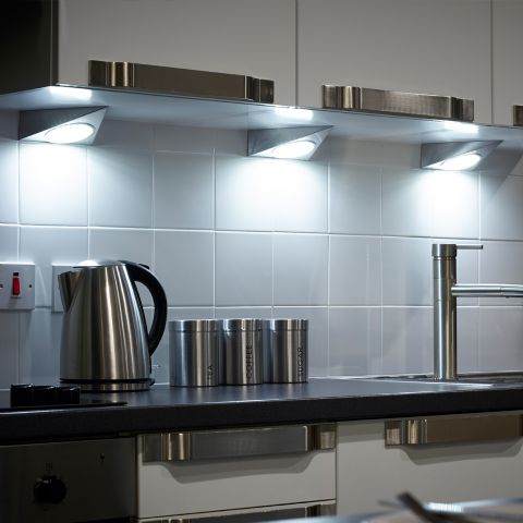 Triangle Light - Stainless steel LED with a 50 diode GX53 lamp