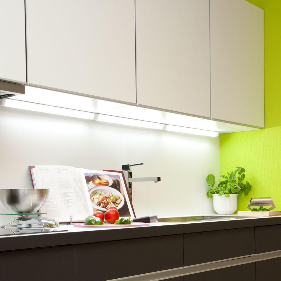 albus led under cabinet strip light with on off switch. Black Bedroom Furniture Sets. Home Design Ideas