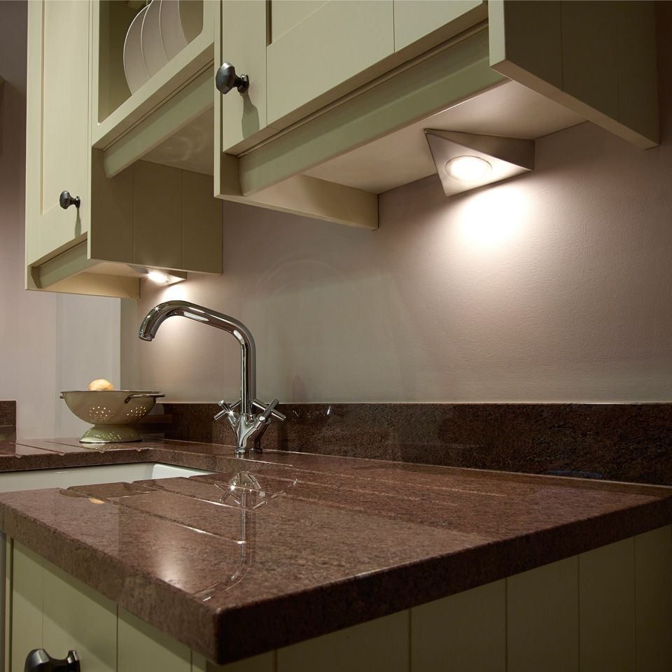 Kitchen Cabinets Lighting: SLS Bermuda LED Under Cabinet Triangle Light
