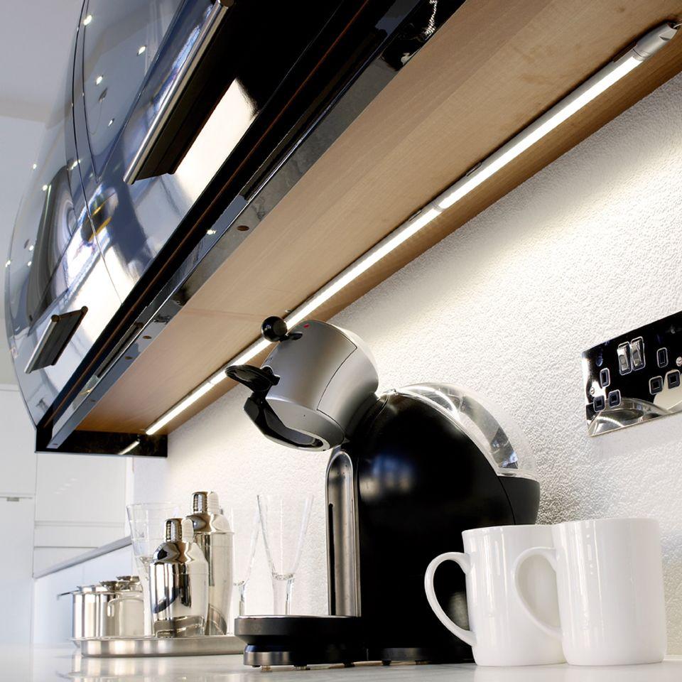 linca hd led kitchen under cabinet strip light. Black Bedroom Furniture Sets. Home Design Ideas